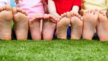 Что делать, когда у ребенка подошвенная бородавка: особенности лечения, удаление