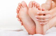 Причины появления и лечение пяточной бородавки